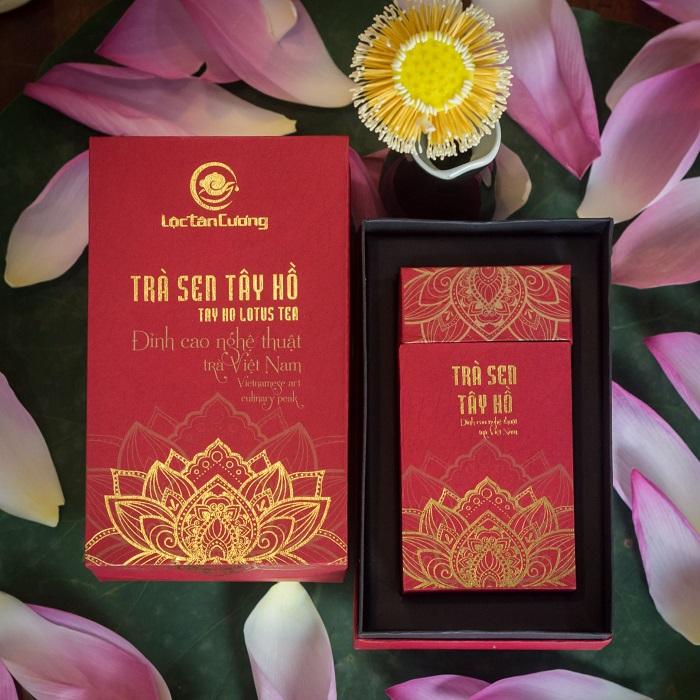 Trà sen Hồ Tây là một loại trà ướp hương hoa truyền thống, là đặc sản văn hóa trà của người Việt
