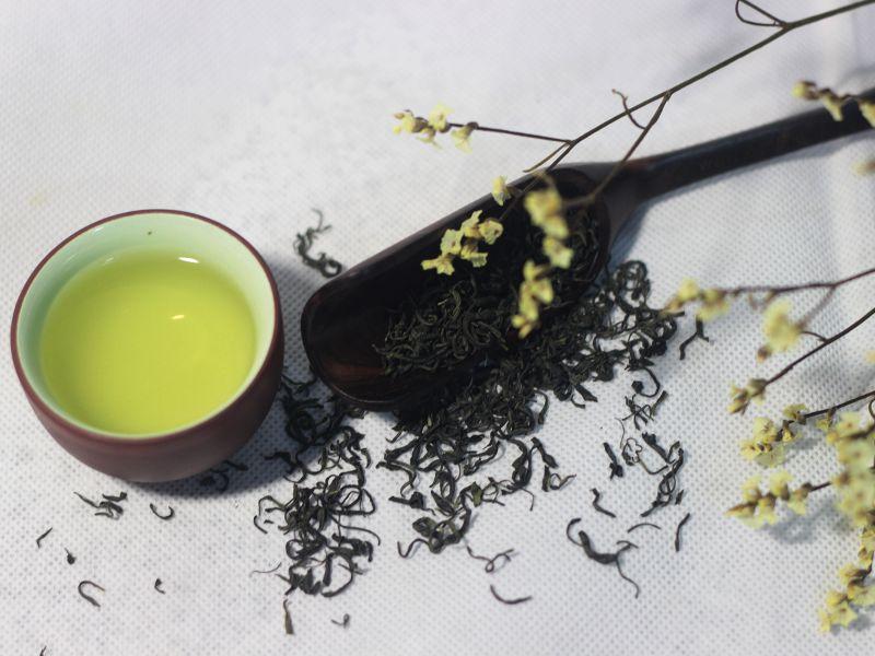 Sắc nước trà đinh thái nguyên vàng trong đẹp