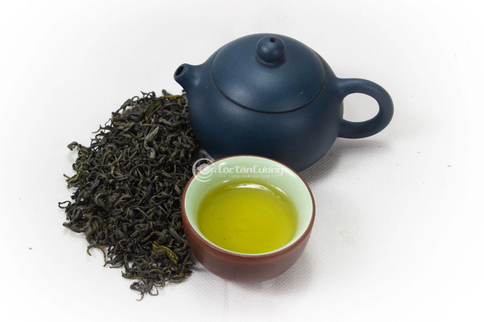 Trà thái nguyên là loại trà được trồng tại tỉnh Thái Nguyên có hương vị đặc trưng của đặc sản miền Bắc