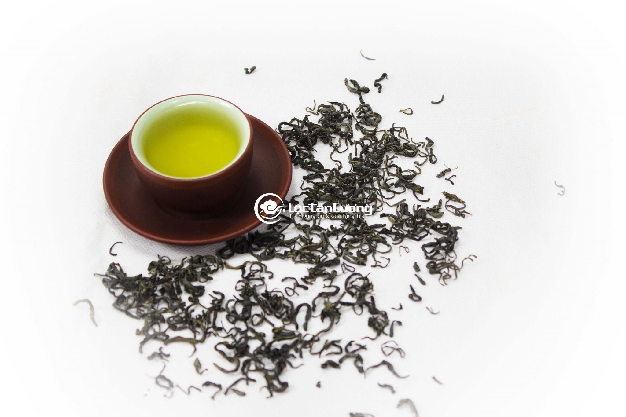 Cánh trà móc câu Thái Nguyên