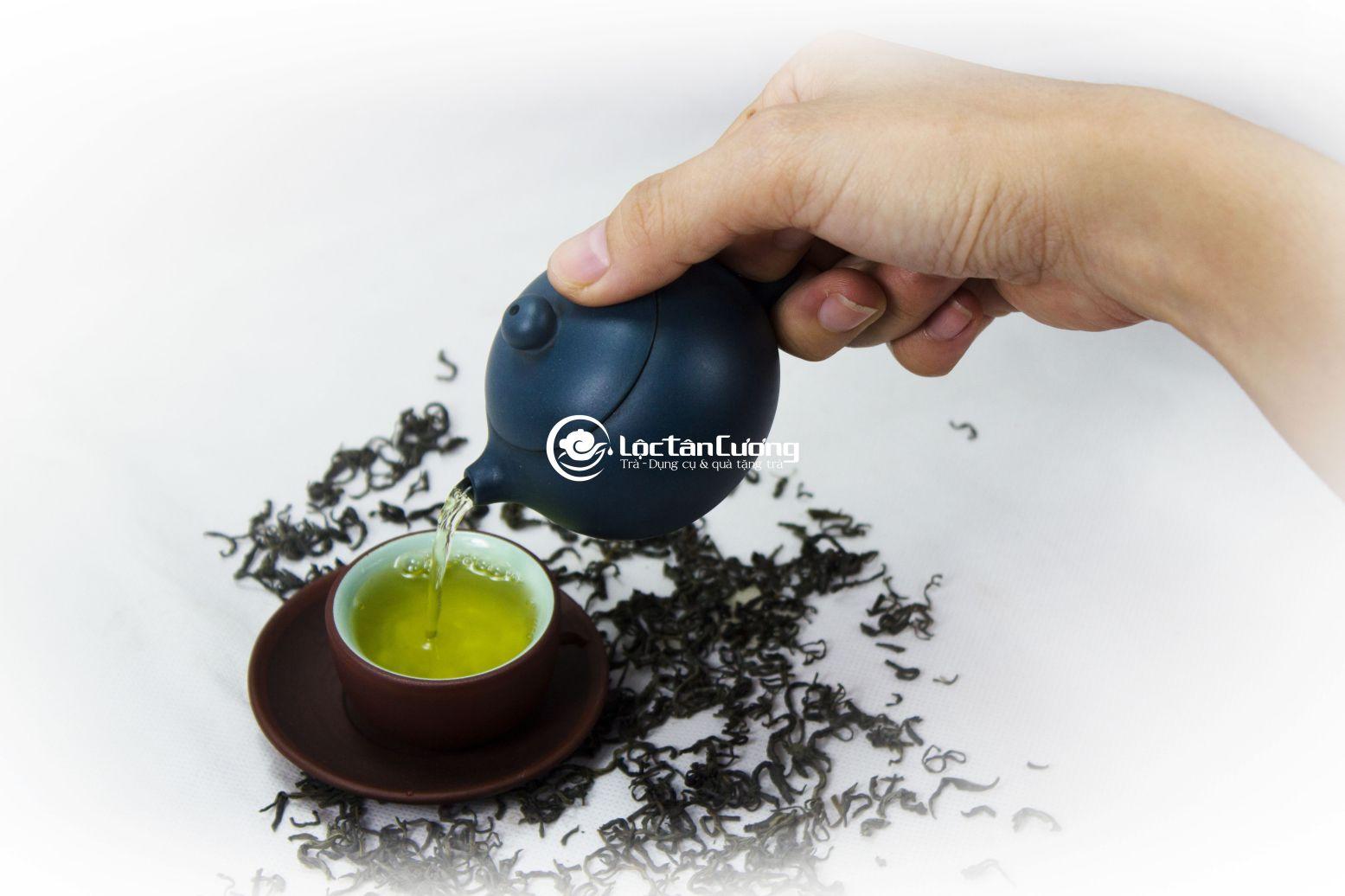 Với trà móc câu hảo hạng tép nhỏ bạn có thể thuận lợi mang đi công tác xa, du lịch và định lượng pha trà chính xác