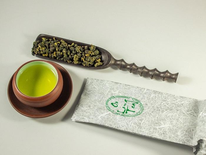 Chè Ô long được thu hoạch và chế biến theo phương thức và công đoạn công nghệ cao