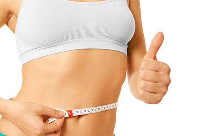 Trà sen giúp thúc đẩy quá trình trao đổi chất, gián tiếp làm giảm lượng mỡ