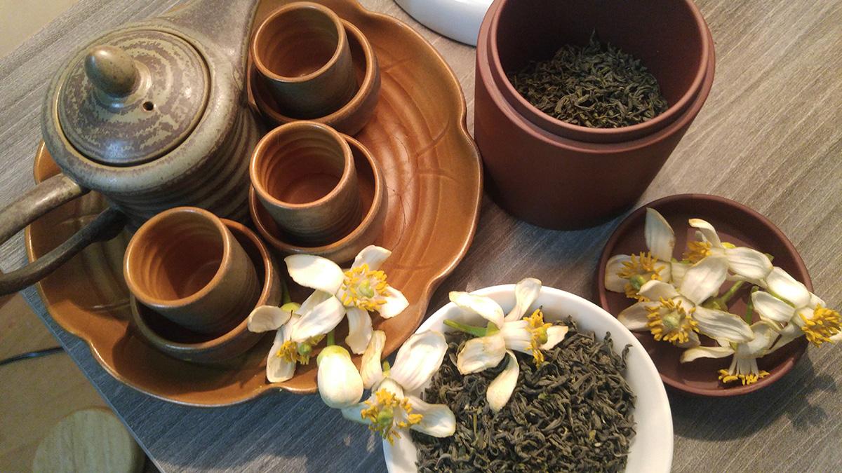 trà ướp hoa bưởi mang đến cho người thưởng thức mùi hương nhẹ nhàng và quen thuộc