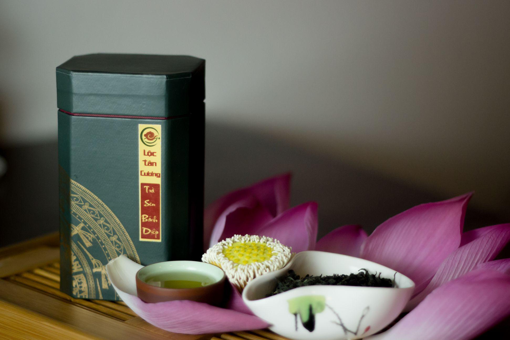 Nếu không tìm được trà sen ở gần nơi bạn sinh sống thì hãy để Lộc Tân Cương giúp bạn