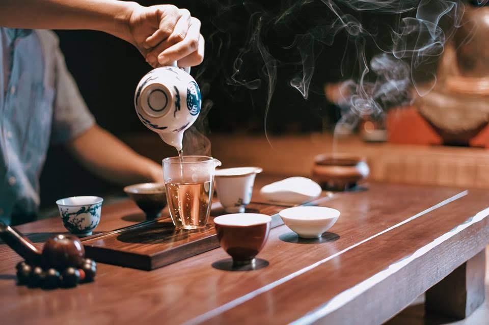 Ấm trà sen ngon hay không phụ thuộc rất nhiều vào tâm người pha trà