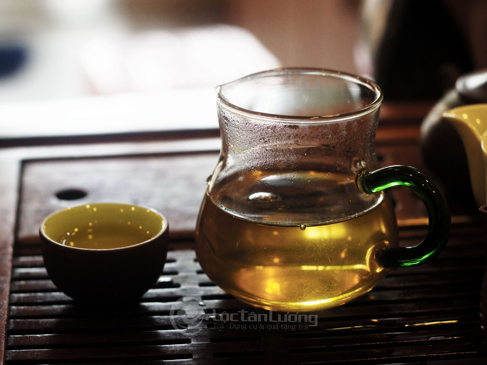 Uống trà shan tuyết cộng với luyện tập thể dục và chế độ ăn hợp lý sẽ giúp bạn giảm cân hiệu quả