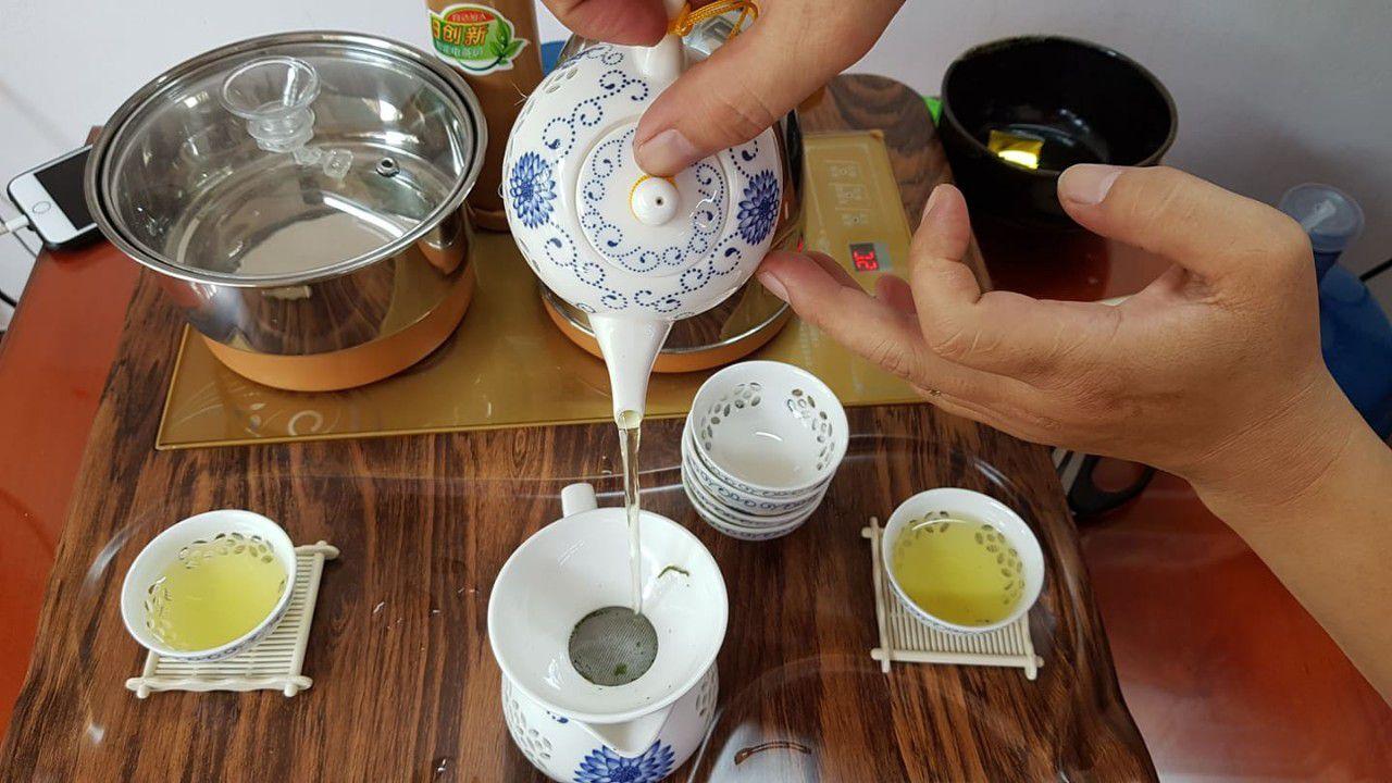 """Để có một ấm trà ngon cần phải quan tâm đến 4 yếu tố: """"Nhất thủy, nhì trà, tam pha, tứ ấm"""""""