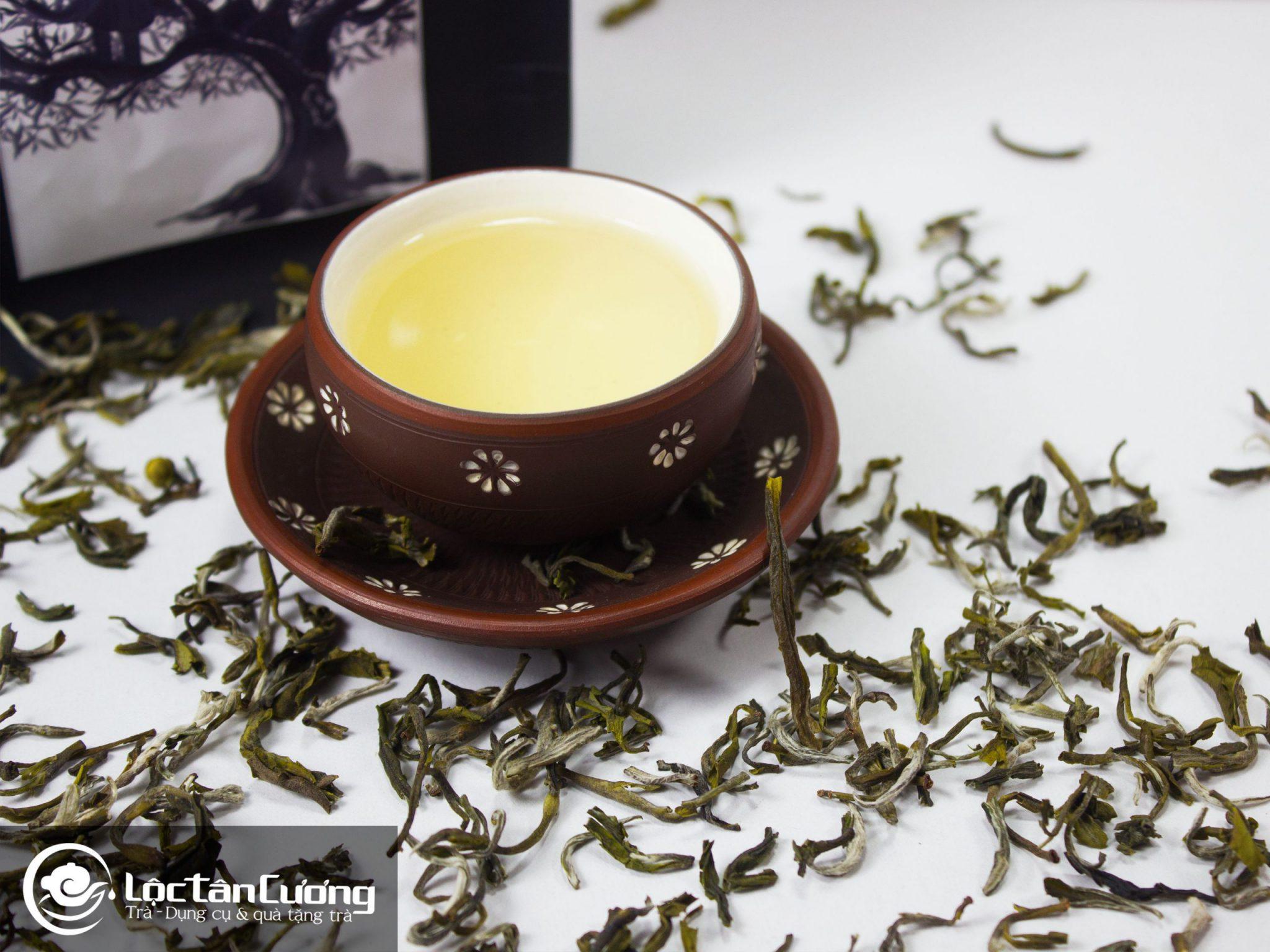 Cánh, màu nước của trà shan tuyết Tà Xùa
