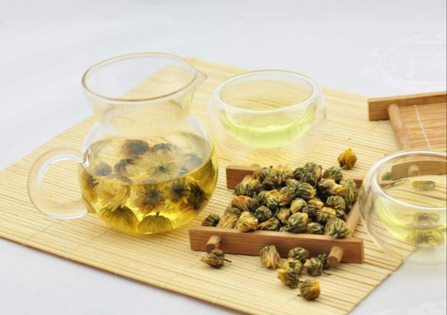 Trà cúc là một trong những loại trà hoa đầu tiên trên thế giớ