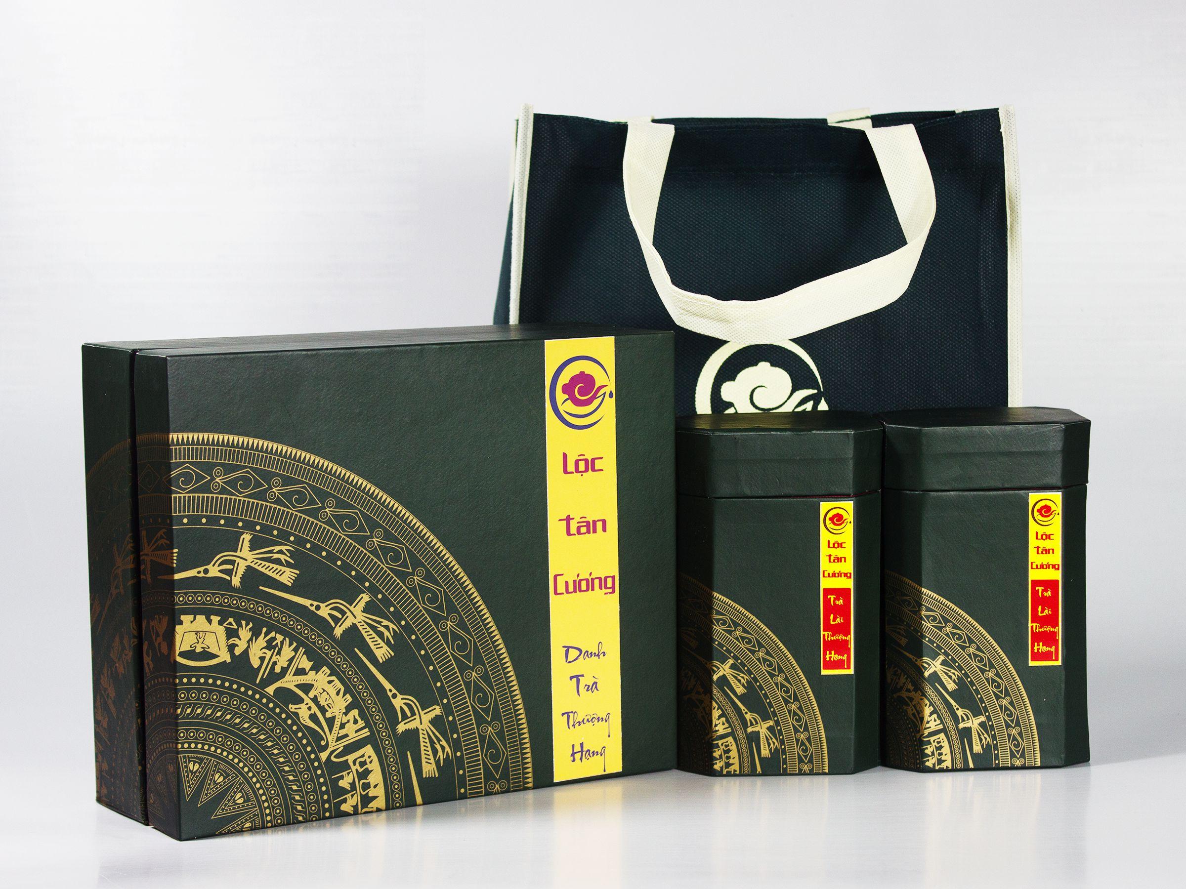 Một bộ bộp trà Quà Tặng Trà Lài Thượng Hạng 200gr, sang trọng, tinh tế và ý nghĩa văn hóa Trà Việt Nam