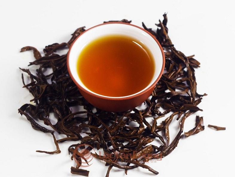 Hồng trà pha trà sữa