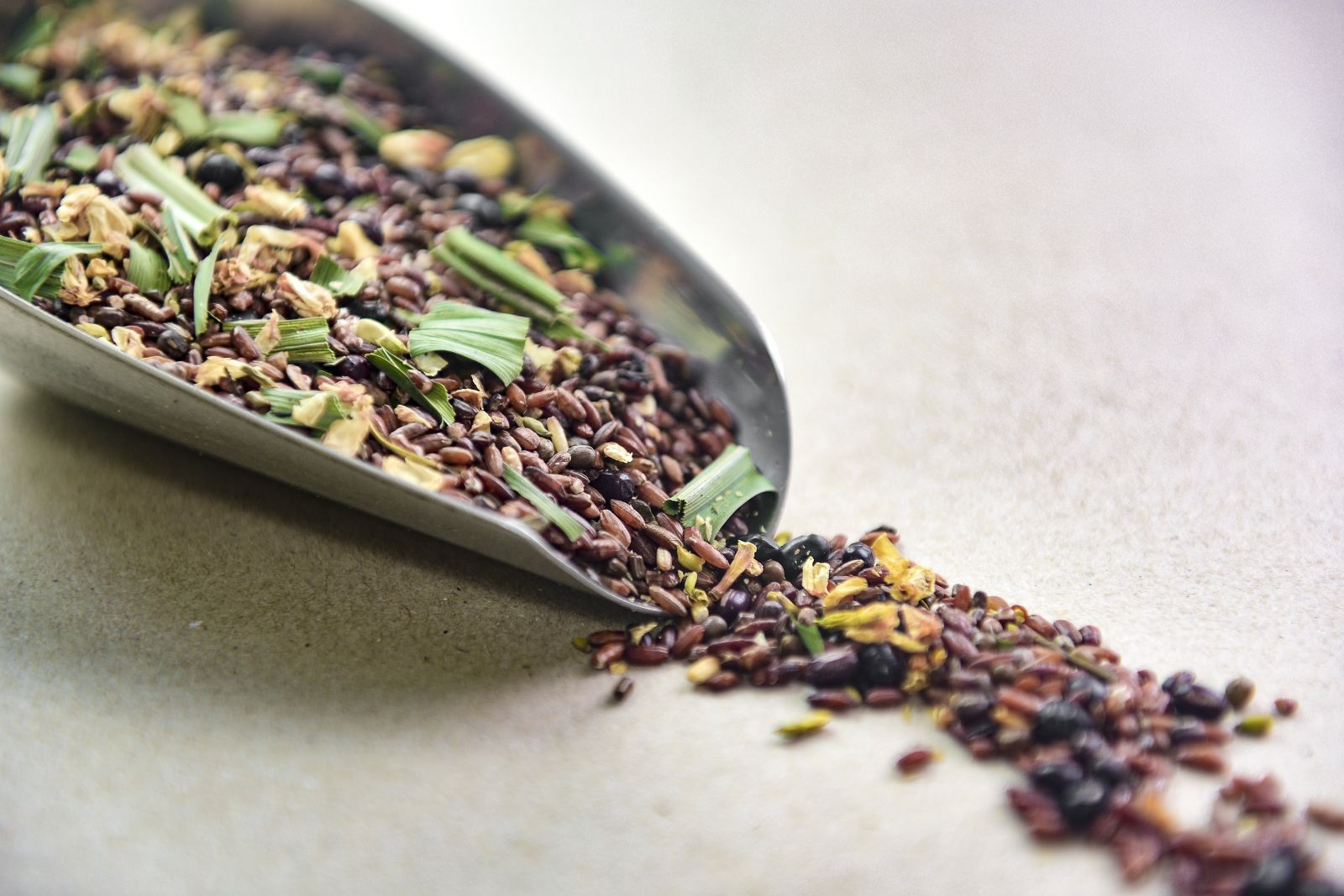 Thành phần trong trà hoa ngũ cốc