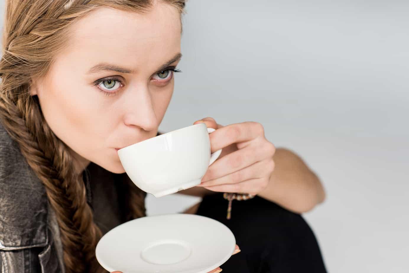 uống trà để giảm cân là một phương pháp nhanh gọn, tiết kiệm chi phí nhưng liệu có hiệu quả?