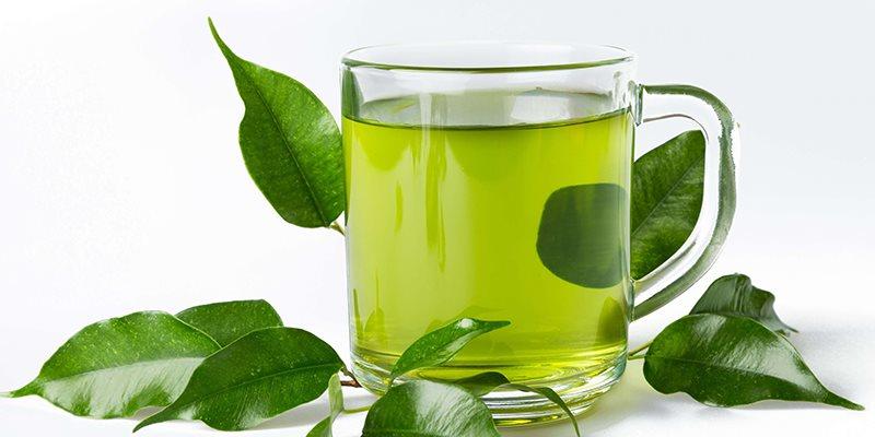 Trà xanh được làm từ búp trà non có hương vị tiefn chát hậu ngọt sâu, đượm đà