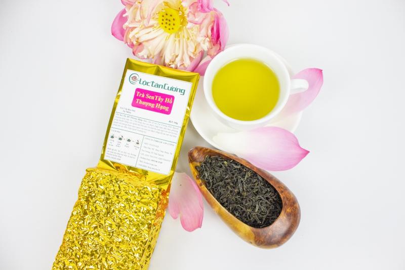 Trà sen Tây Hồ thượng hạng là một loại trà ướp hương hoa truyền thống, là đặc sản văn hóa trà của người Việt